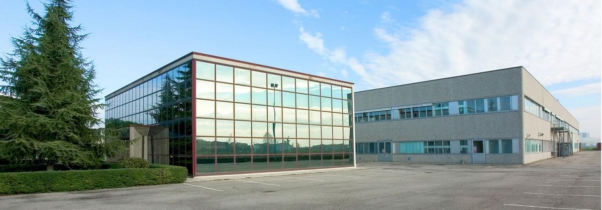 Medical Components Production - Haemotronic Carbonara Italy